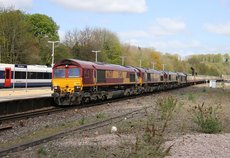 66207 Micheldever 18/04/14 5O61 Wembley to Eastleigh with 66206, 66087 and 67005