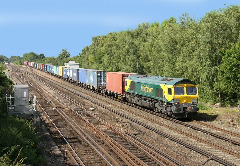 66504 Worting Junction 30/07/14 4M28 Southampton to Ditton