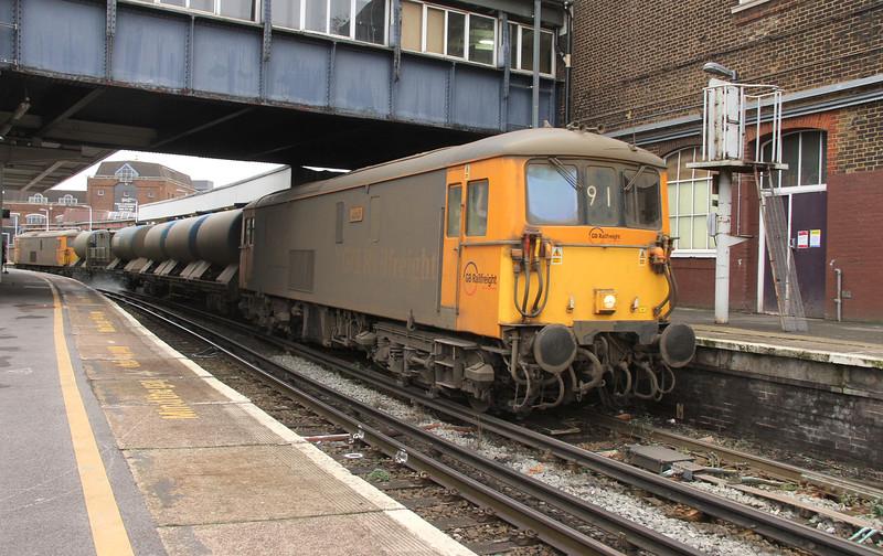 73136 Clapham Junction 28/11/15 3W91 Horsham to Horsham